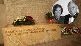 Groby ofiar katastrofy smoleńskiej. Jeden nagrobek mówi wszystko