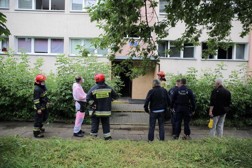 Pożar w bloku na Dąbrowie.