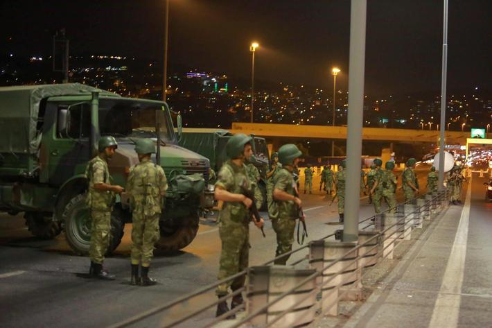 Turkish military block access to the Bosphorus bridge, which links the city's European and Asian sid