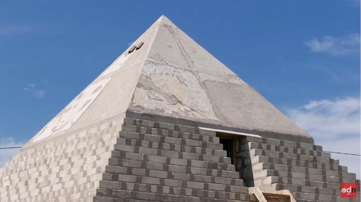Piramida Rusija