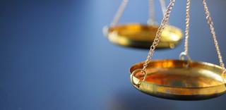 Rejent powinien chronić klientów przed ryzykiem procesu