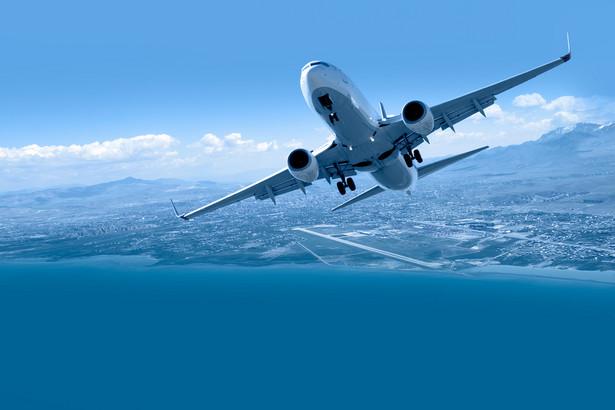 Od dzisiaj wewnątrzkrajowe loty będą zawieszone - taką decyzję podjął premier Mateusz Morawiecki - powiedział szef KPRM.