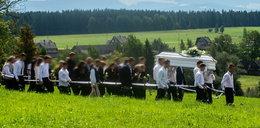 Pogrzeb Angeliki, która zginęła w wypadku na przejeździe kolejowym