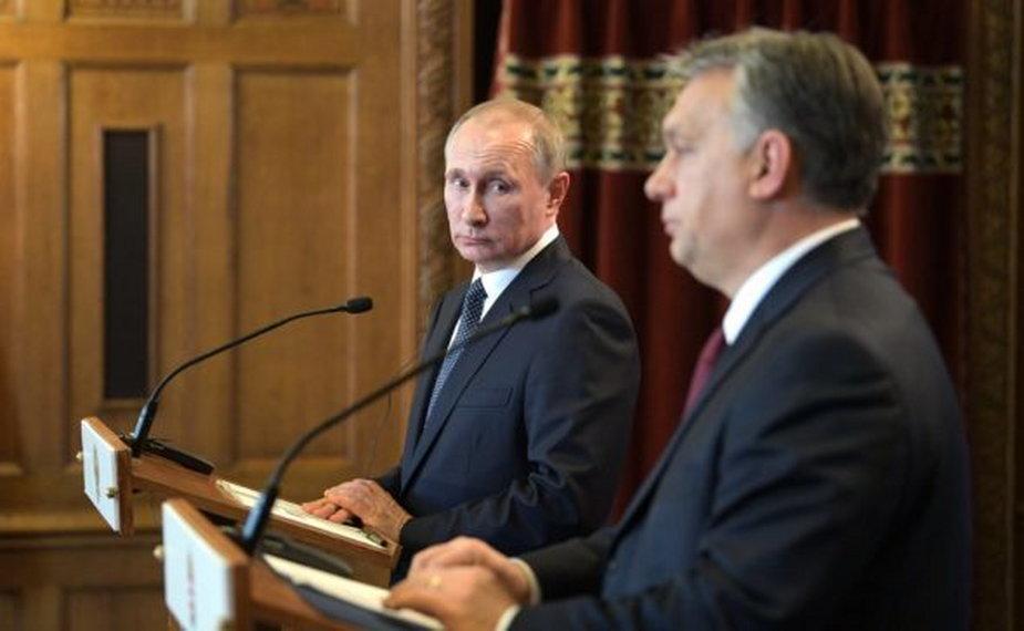 Władimir Putin (L) i Viktor Orban (P), fot. Kancelaria Prezydenta Federacji Rosyjskiej (CC BY 4.0)