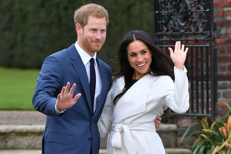 Prince Harry and Meghan Markle have welcomed their first child together and it's a boy/girl [VanityFair]