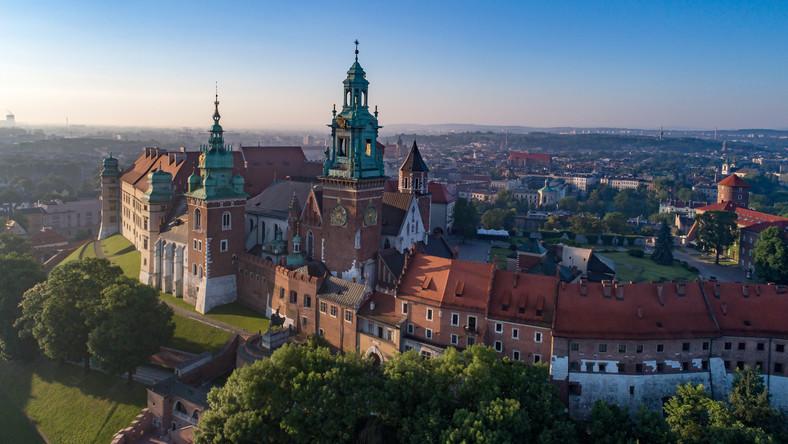 W zeszłym roku Zamek Królewski na Wawelu odwiedziło prawie 1,5 mln ...