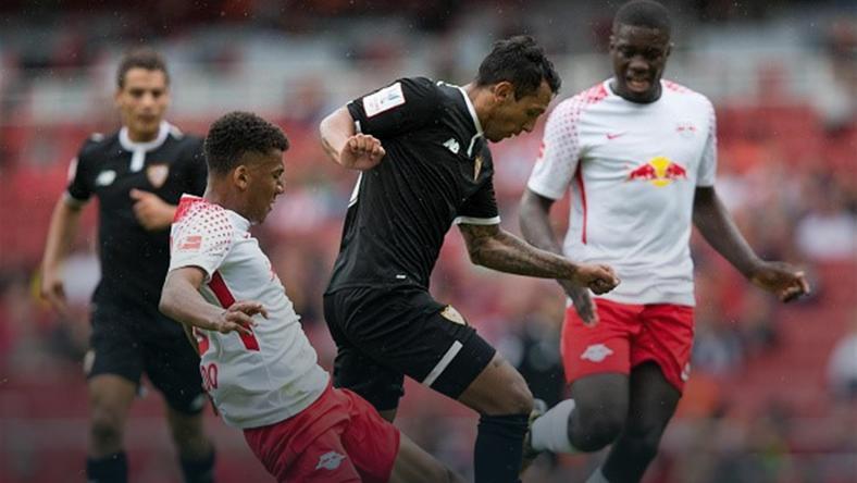 Skromna wygrana Sevilli na otwarcie Emirates Cup