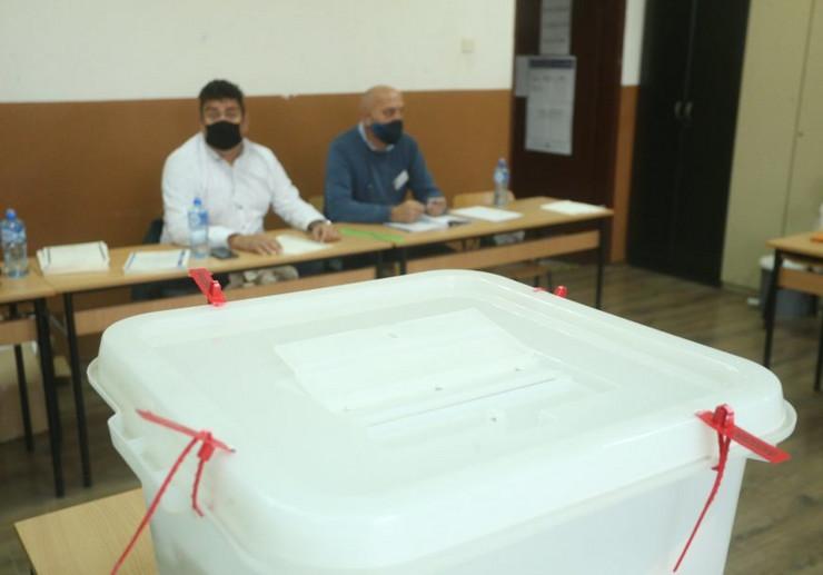 lokalni izbori-glasanje-gradjani