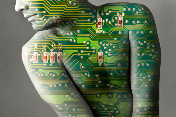Ameryka Północna inwestuje w sztuczną inteligencję ponad 15 mld euro rocznie
