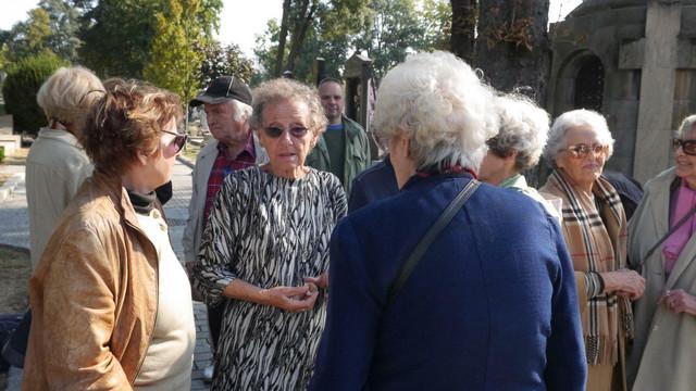 Mirjana Vuisić na Pajinom grobu
