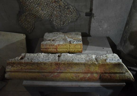 Kamene ploče iz Isusove grobnice