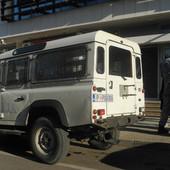 SRBIN I CRNOGORAC PALI SA 172 KILOGRAMA SKANKA Počeli da tovare džakove u kola, a onda su ugledali policiju i dali se u beg!