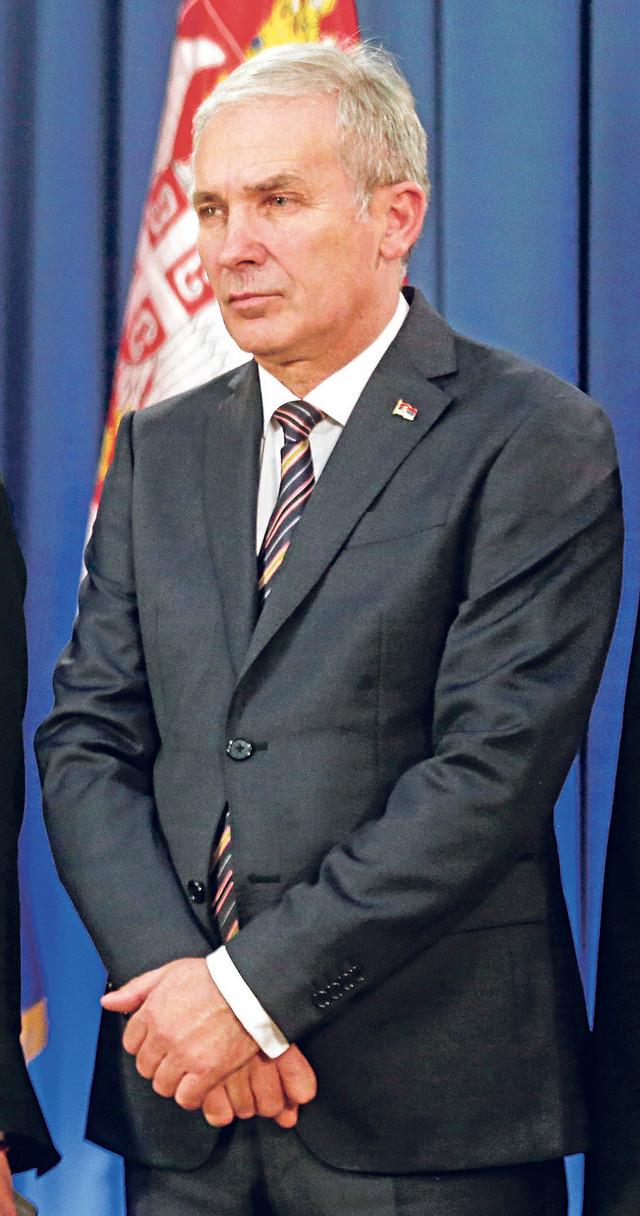 Desna Nikolićeva ruka: Nedeljko Tenjović, direktor Kancelarije za saradnjusa Rusijom i Kinom