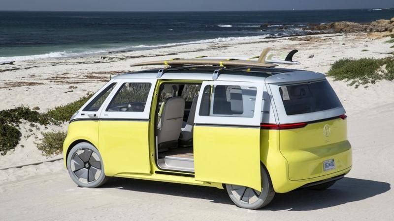 VW I.D. BUZZ - nowa wersja kultowego mikrobusu Volkswagena dostała zielone światło