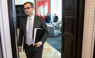Wiceminister Niedużak o pozwach firm: Trudna sytuacja, to nie skutek decyzji państwa, lecz pandemii