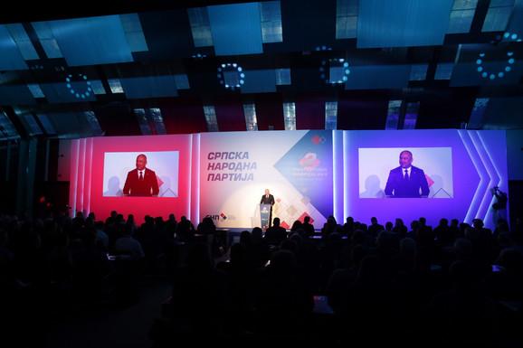 Važno da razvijamo Srbiju kao zemlju znanja i inovacija i promovišemo naš najvažniji resurs, a to su mladi i obrazovani inženjeri, smatra Popović