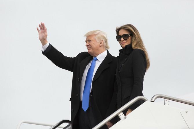 Melanija Tramp i Donald Tramp juče doputovali u Vašington