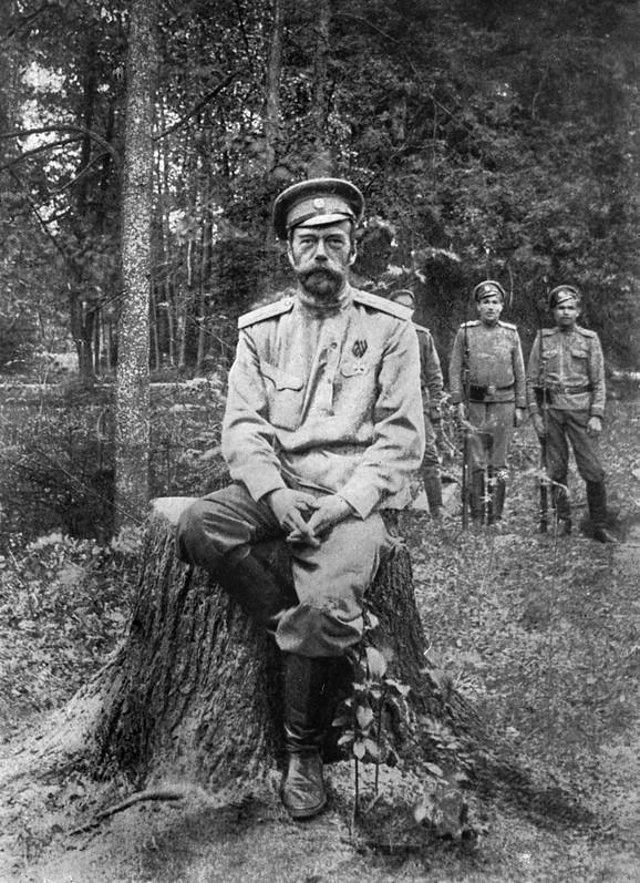 Nikolaj II u Jekaterinburgu, jul 1918.