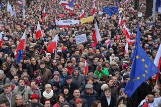 KOD: Dziś na ulice wyjdą ludzie w ponad 20 miastach Polski