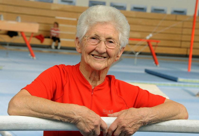 Tak ćwiczy 90-letnia gimnastyczka Johanna Quaas!