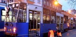 Pod Bagatelą wykoleił się tramwaj