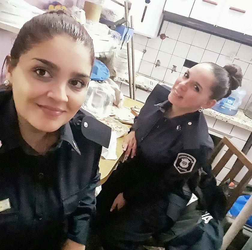 Policjantka wyjęła pierś i zrobiła to