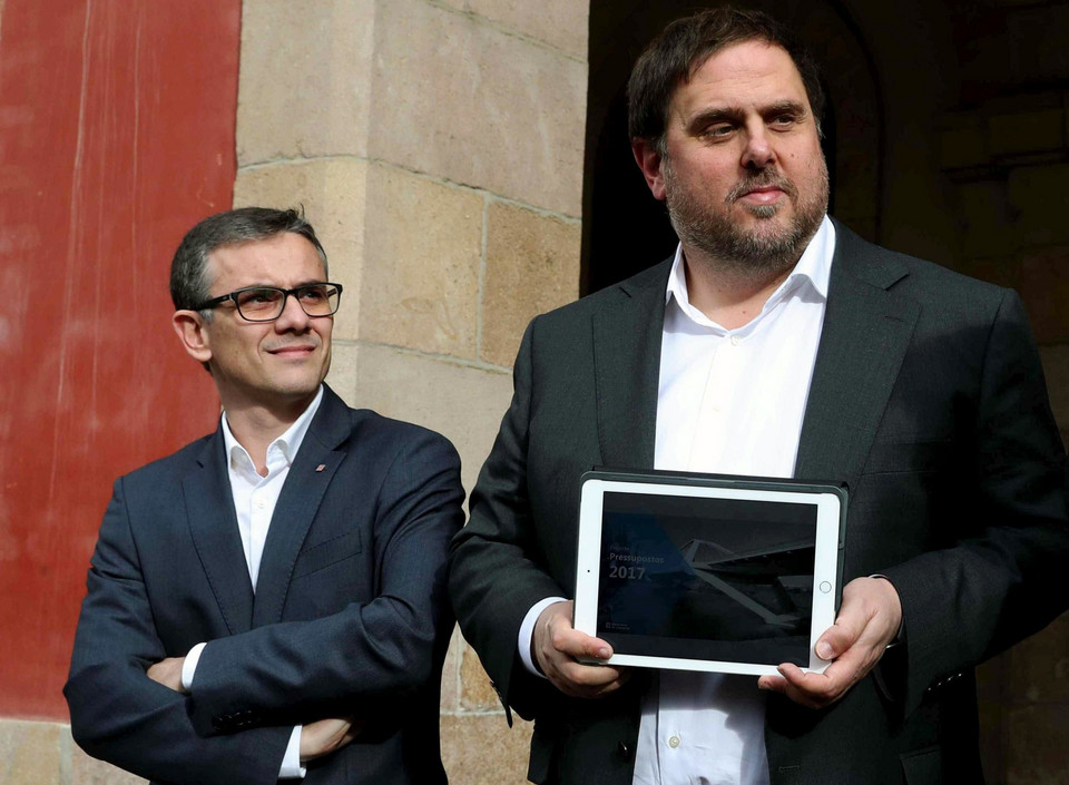 (FILE) SPAIN CATALONIA REFERENDUM (Secretary General of Ministry of Economy in Catalonia arrested in Barcelona)