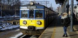 Pasażerowie SKM alarmują: w pociągach jest brudno!