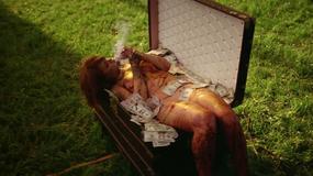 Kontrowersyjny teledysk Rihanny - Flesz Muzyczny