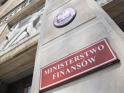 Ministerstwo finansów wyjaśnia, że za nadwyżkę budżetową odpowiada wpłata z NBP oraz wyższe dochody z VAT