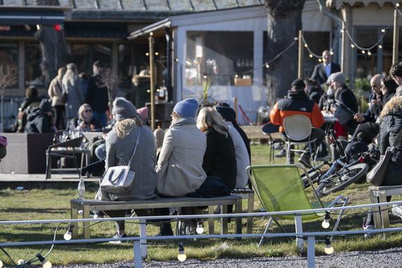 Stokholm: javna okupljana su zabranjena, ali granica je 500 ljudi!