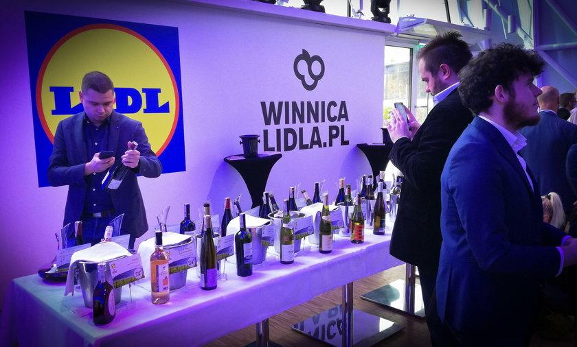 Świąteczne okazje i nowości w Winnicy Lidla