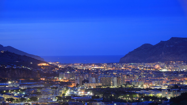 Palermo nocą