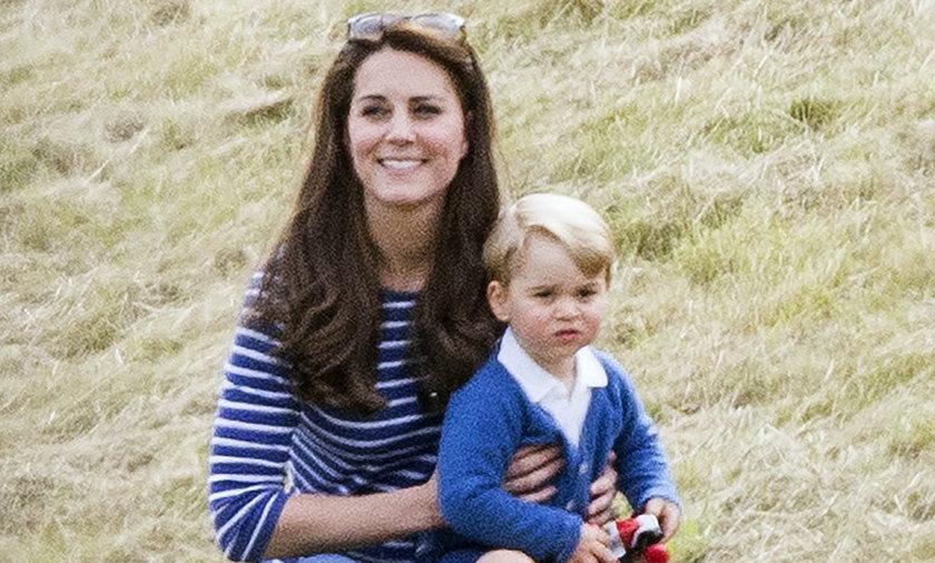 Księżna Kate z małym Jerzykiem