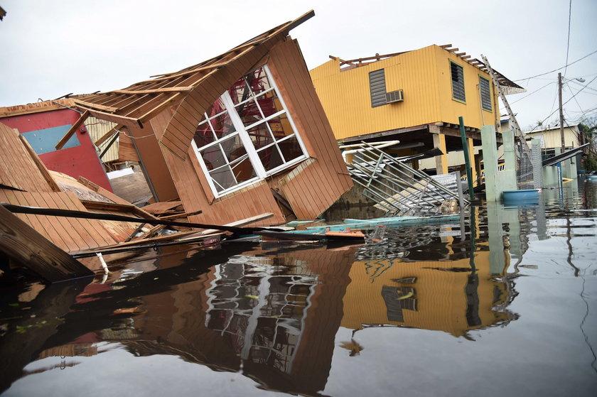 Ogromne zniszczenia po huraganie. W każdej chwili może dojść do tragedii