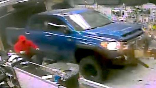 Toyota Tundra do zadań specjalnych...
