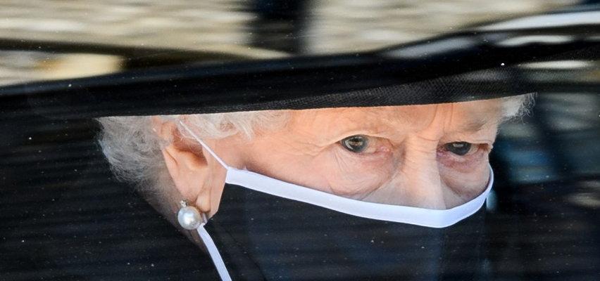 Nowy cios w serce królowej. Odeszła kolejna bliska jej osoba