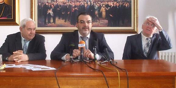 Da li je biračke spiskove trebalo da uradi država: Ministar za ljudska i manjinska prava Svetozar Čiplić u Bunjevačkom nacionalnom savetu