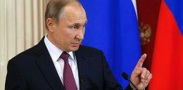 Putin gra Trumpowi na nosie