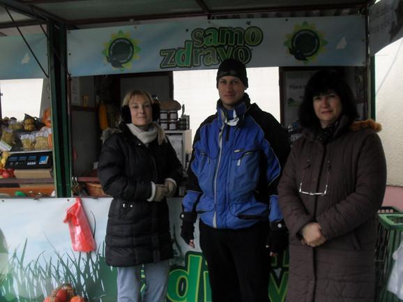 Marina, Darko i Zorica Stojaković