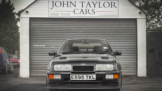 Ciekawostka z ogłoszenia: Cosworth RS500 za pół miliona zł