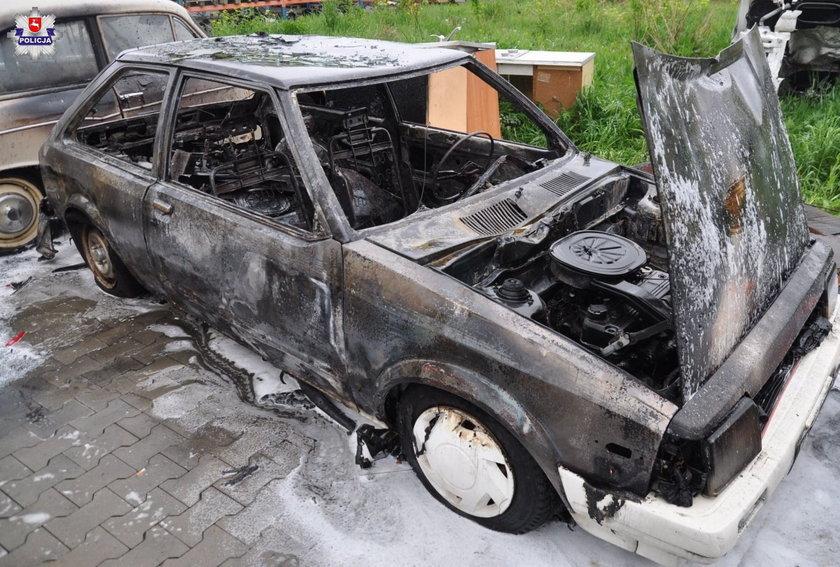 11-latkowie zdewastowali siedem samochodów