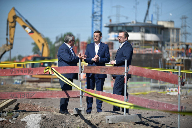 Wczoraj premier Mateusz Morawiecki promował Polski Ład na przebudowywanym Dworcu Zachodnim