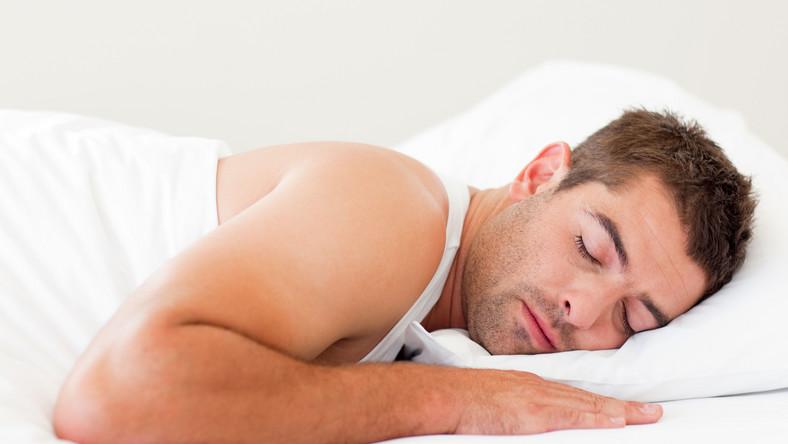 Wstrząsy elektryczne przezwyciężą bezdech senny