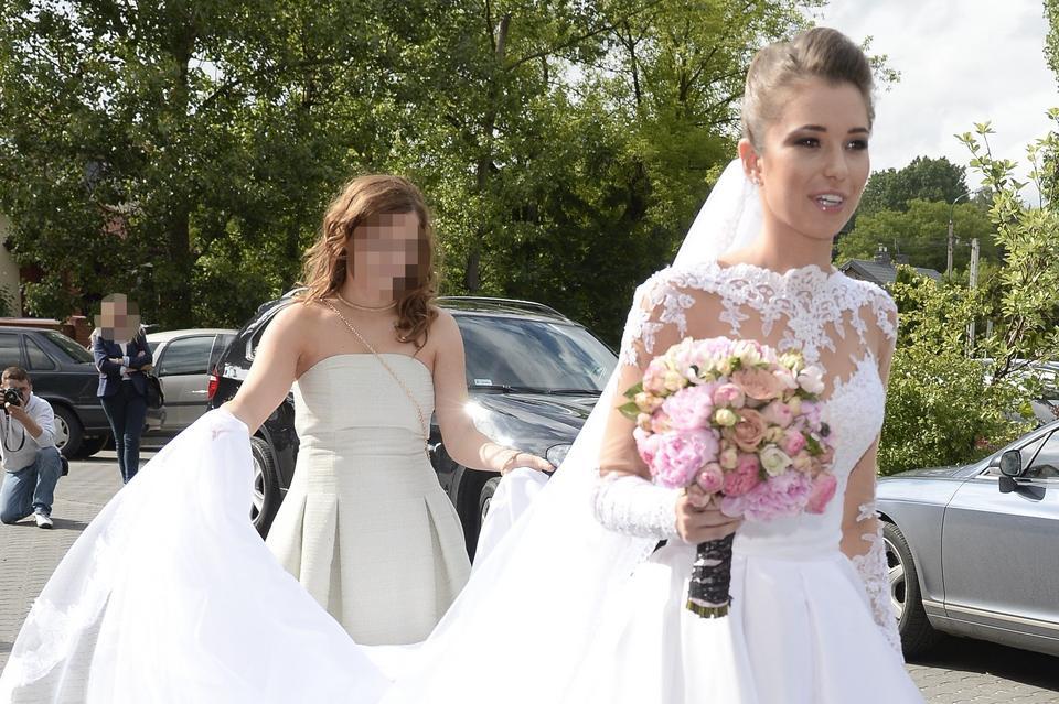 a916a9c110 Agnieszka Szczurek przed ślubem. Kapif. Agnieszka Szczurek postawiła na  klasyczną suknię ...