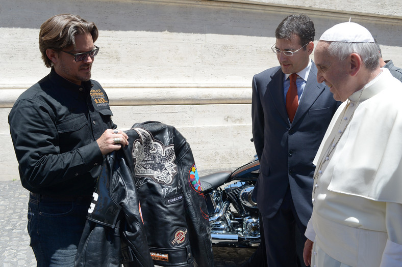 Papież Franciszek dostał dwa motocykle Harley-Davidson