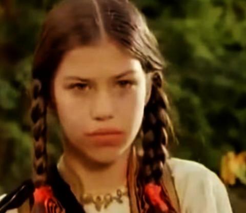 Glumila je malu Zonu Zamfirovu,a danas je njeno srce osvojio 23 godine stariji reditelj koji ima poznatu bivšu ženu i još poznatijeg tasta: Zanemećete kada čujete o kome je reč!