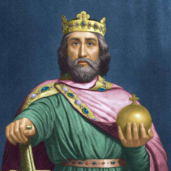 Karlo Veliki, franački kralj od 768, kralj Italije od 774, a 800. godine je proglašen za cara Franačkog carstva i prvog cara u Evropi od propasti Rimske imperije