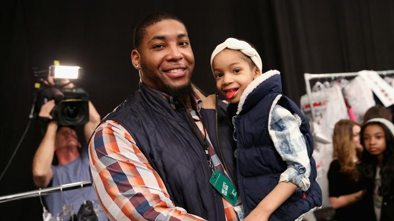 Devon Still z córką