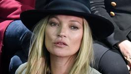 Kate Moss pokazała zdjęcie z sprzed lat. Bardzo się zmieniła?